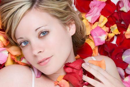 rosas amarillas: Mujer rom�ntica