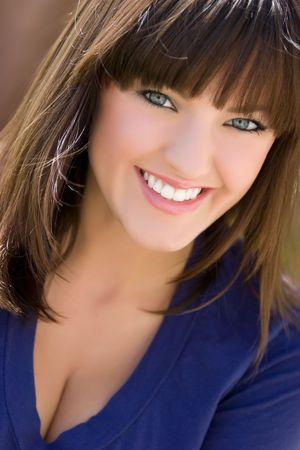 brown hair blue eyes: Happy Woman