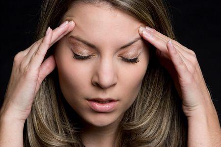 emotional pain: Mujer Con Dolor de cabeza