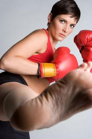 Kick Boxing Woman Foto de archivo - 5383946
