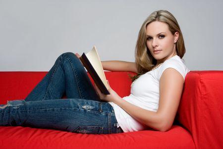 Girl Reading Book Zdjęcie Seryjne