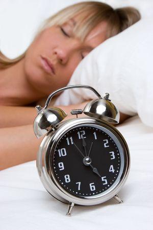 woman clock: Despertador Mujer LANG_EVOIMAGES