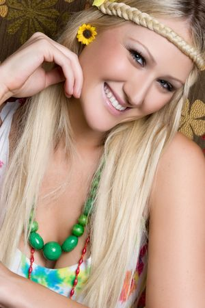 mujer hippie: Smiling Hippie Woman LANG_EVOIMAGES