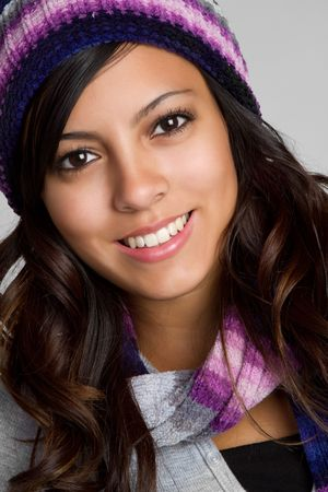 beanies: Sonriente chica mexicana