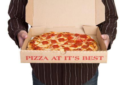 caja de pizza: Hombre Holding Pizza LANG_EVOIMAGES