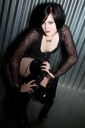 satanic: Goth Girl Posing LANG_EVOIMAGES