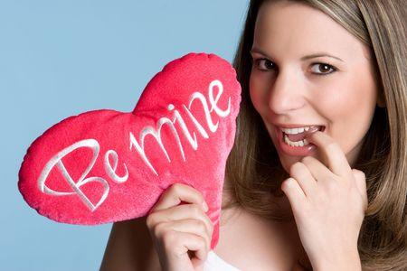 be: Be Mine Girl LANG_EVOIMAGES