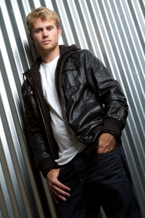 Young man wearing leather jacket Stockfoto