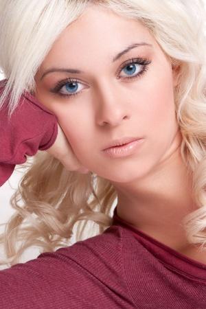 rubia ojos azules: Mujer de ojos azules hermosa rubia