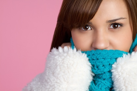 mexican ethnicity: Pretty girl wearing winter clothes LANG_EVOIMAGES