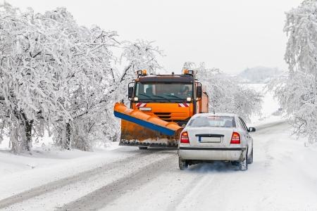 ploegen: Onderhoud winter van wegen