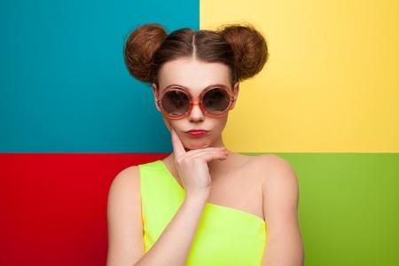 트렌디 한 선글라스 소녀 스톡 콘텐츠