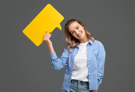 Cute lady with speech balloon 스톡 콘텐츠