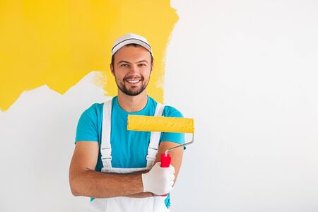 Positive painter with paint roller