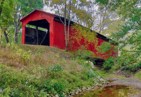 covered bridge': Cornstalk Covered Bridge Stock Photo