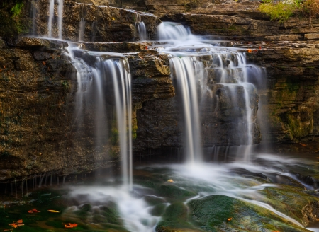 cataract falls: Whitewater pours over rock ledges at Indiana Stock Photo