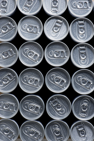 sealing ring: row of Cans