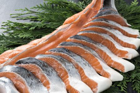 white salmon river: salmon