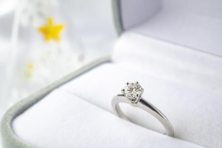 A beautiful wedding ring image Фото со стока