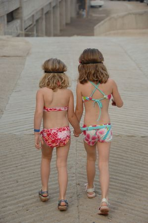 woman bath:  Lifestyle Mexico,Girls in bathing suits
