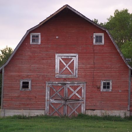 prairies: Canadian Prairies,Exterior of red barn Stock Photo