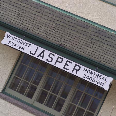 Jasper Alberta, Jasper sign