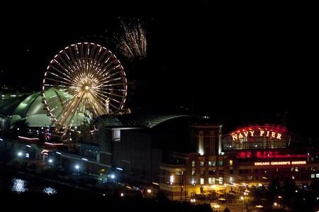 levit: Chicago, Navy Pier, Fireworks
