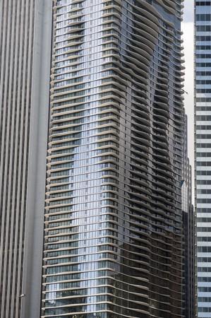 levit: Chicago, Aqua Building