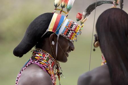 levit: Kenyan people in tribal attire