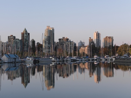 dawns: City skyline of Vancouver, British Columbia, Canada