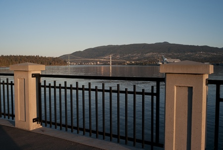 passageways: Walkway along Brockton Point in Vancouver, British Columbia, Canada Stock Photo