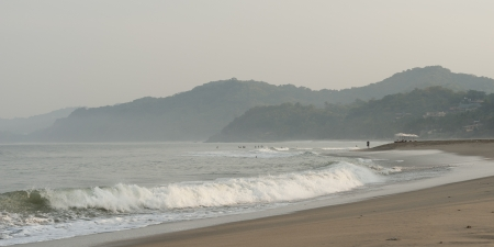 breaking: Waves breaking on the beach, Sayulita, Nayarit, Mexico