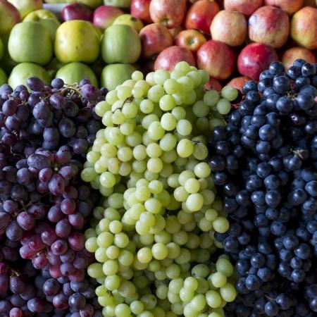 Grapes at a market stall, Mercado Central, Cuzco, Peru Stock Photo - 16806261