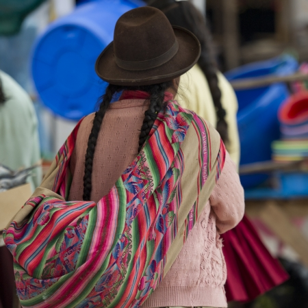 cusco: Woman shopping in a market, Pisac, Sacred Valley, Cusco Region, Peru