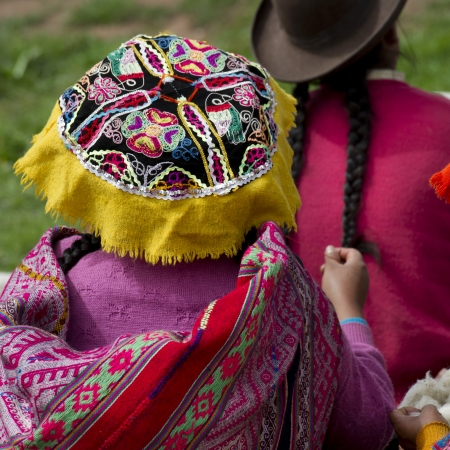 quechua indian: Girls in a school, Chumpepoke Primary School, Sacred Valley, Cusco Region, Peru Stock Photo