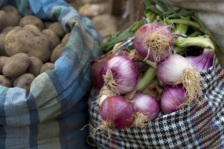 cusco region: Verduras para la venta en una tienda, Pisac, Valle Sagrado, Cusco, Per�