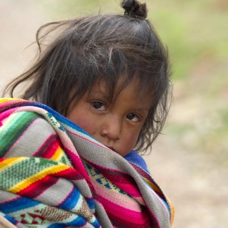 cusco region: Retrato de una chica con el pelo despeinado, Valle Sagrado, Cusco, Per�