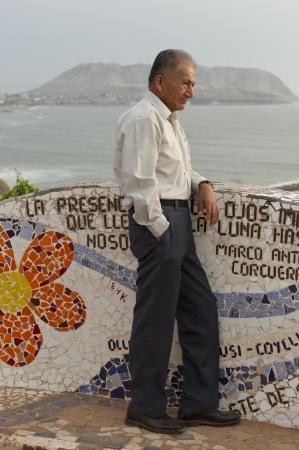 lima province: Man standing at El Parque del Amor, Av De La Aviacion, Miraflores District, Lima Province, Peru Editorial