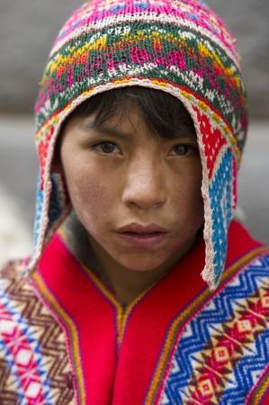 cusco region: Retrato de un muchacho que llevaba un gorro de lana, Valle Sagrado, Cusco, Per�