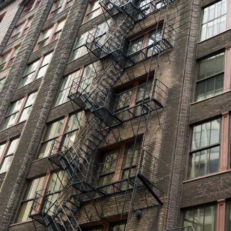 huir: Escalera de incendio en un edificio, Chicago, Cook County, Illinois, EE.UU. Foto de archivo