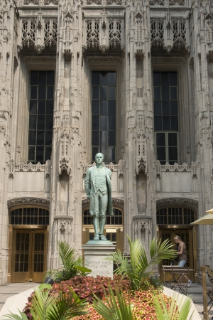 hale: Statue of Nathan Hale outside Tribune Tower, Chicago, Cook County, Illinois, USA Stock Photo