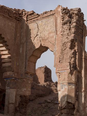 Ruinen einer Kasbah, Telouet, Ouarzazate, Marokko Standard-Bild - 28205136