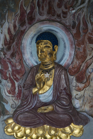 male likeness: Estatua de Buda en Beijing Songtang Hall Museum, Beijing, China Foto de archivo