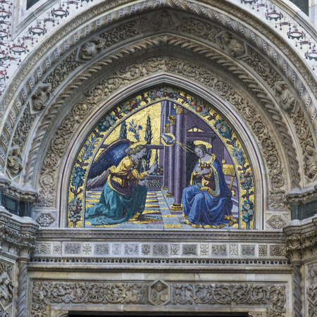 cattedrale: Detail of the mural facade of the Duomo Santa Maria Del Fiore, Florence, Tuscany, Italy