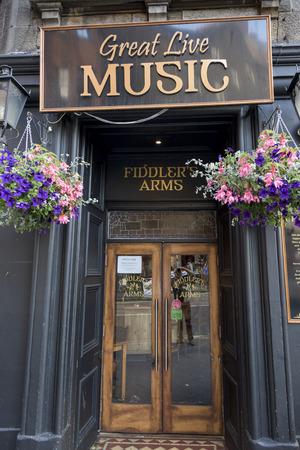 entranceway: Sign on entrance of pub, Kings Stables Road, Edinburgh, Scotland