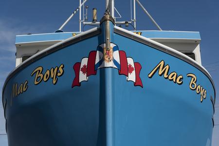 Fischtrawler im Hafen, Cheticamp, Cabot Trail, Kap-Breton-Insel, Nova Scotia, Kanada