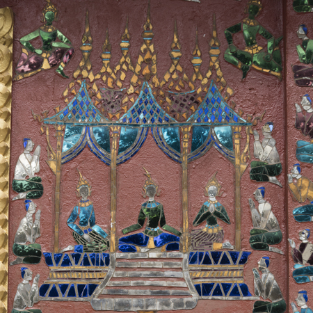 Mural on the wall of Buddhist temple, Wat Xieng Thong, Luang Prabang, Laos Imagens - 87231210