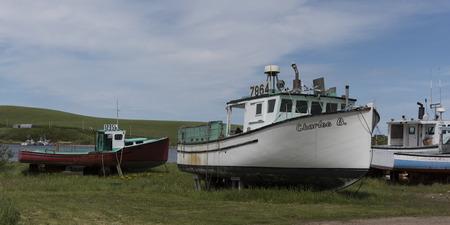 Fischtrawler am Hafen, Cabot Trail, Kap-Breton-Insel, Neuschottland, Kanada