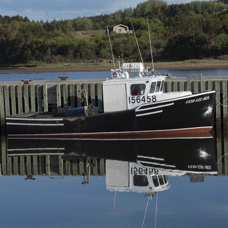 Fischerboot machte am Dock, Mabou, Kap-Breton-Insel, Neuschottland, Kanada fest