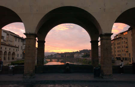 ponte: Ponte Vecchio - Florence, Italy